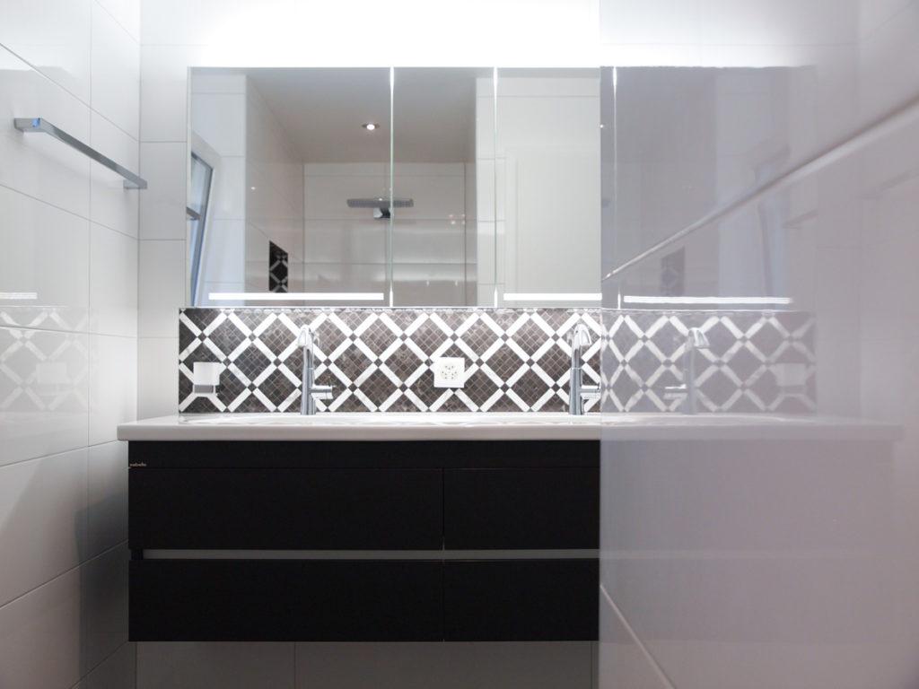 Pose carrelage salle de douche - Vessaz Carrelages & parquets